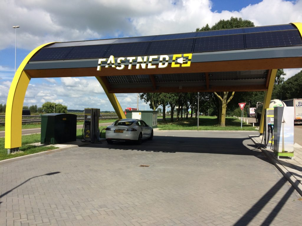 Charging at Fastned