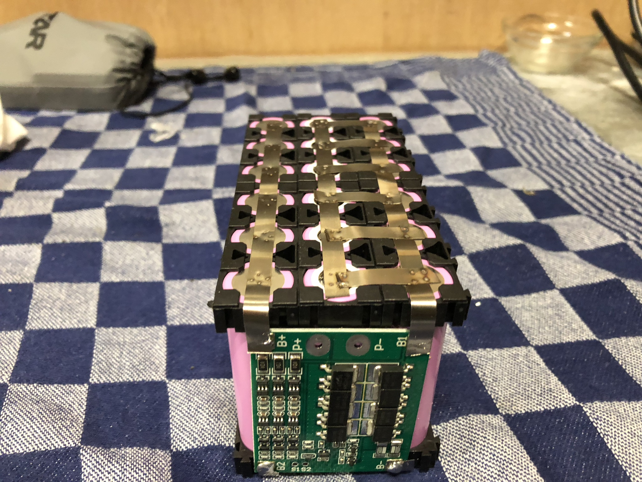 Building a Lithium battery for my electric scooter – Widodh